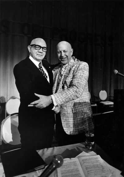 (29304) G. Fairchild, G. Hardy, SEIU Convention, Honolulu, Hawaii, 1976