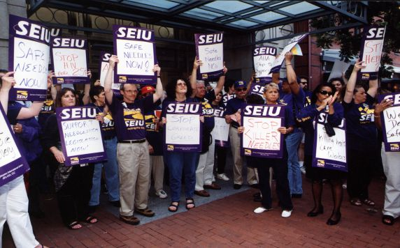 (29462) Demonstrators, Needlestick Rally, American Hospital Association, Legislative Conference, Washington, D.C., 1999