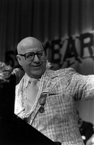 (29526) George Hardy, SEIU Convention, Honolulu, Hawaii, 1976