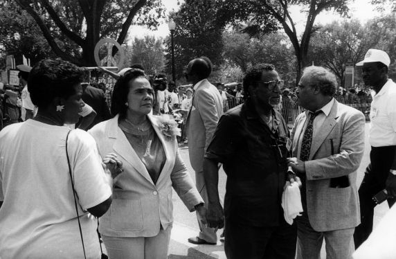 (30584)  Coretta Scott King, Reverend Lowry, Ben Hooks, Martin Luther King March 25th Anniversary, Justice for Janitors, 1988