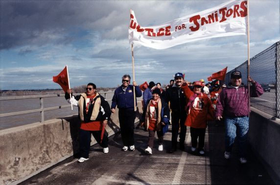 (30764) Justice for Janitors Demonstration, Eliseo Medina, Sacramento, CA, 1988