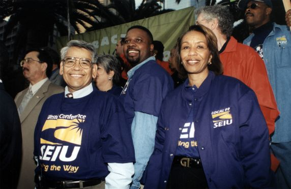 (30773) Eliseo Medina, SEIU Local 1877 Justice for Janitors Million Contracts Rally, 2000