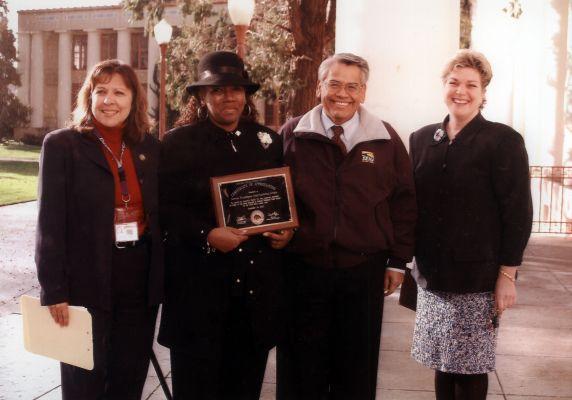 (30786) Pat Ford, Eliseo Medina, Oakland, CA, 2003