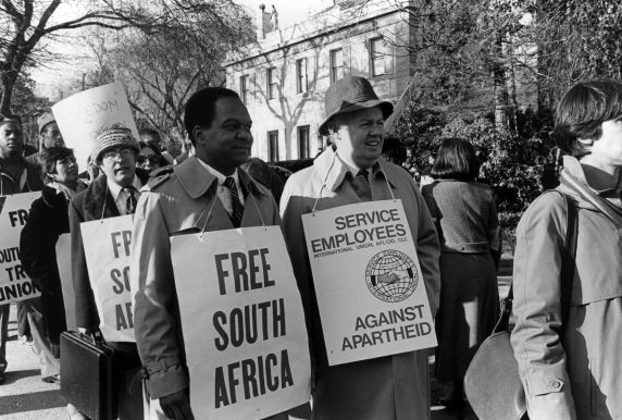 (30855) SEIU Day, South African Embassy, 1985