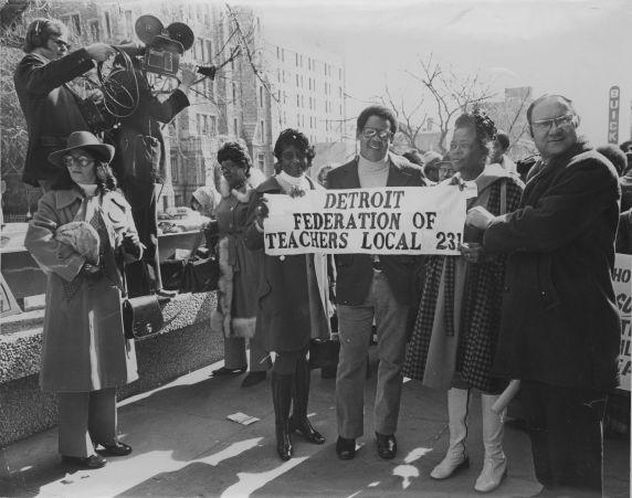(31281) John Elliot at a Detroit Federation of Teachers Rally
