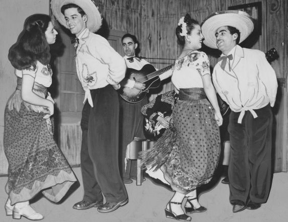 (31965) Ethnic Communities, Mexican, Celebrations, 1948