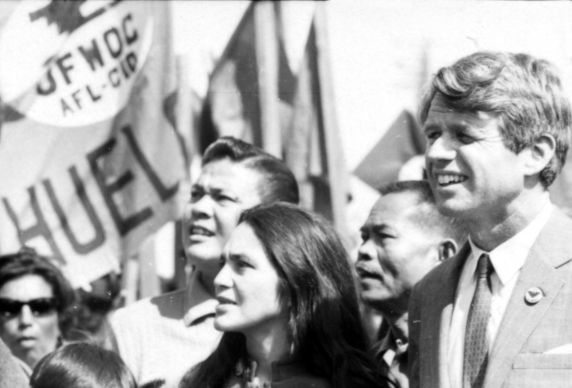 (319) Andy Imutan, Dolores Huerta, Larry Itliong, and Robert Kennedy