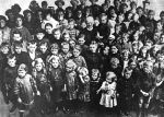 (32101) Belgian Evacuees, Children, Detroit, 1915