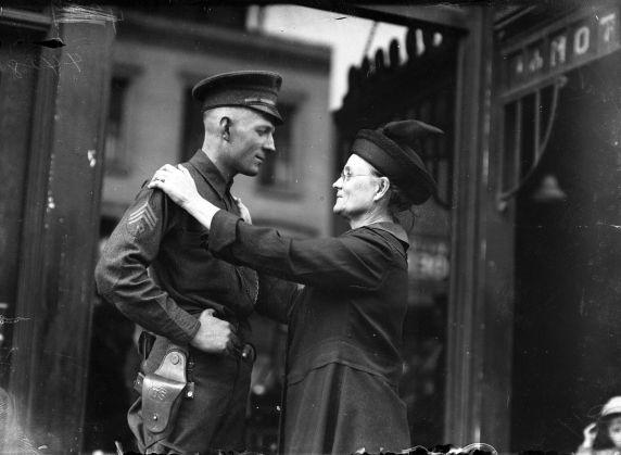 (32111) Draft & Recruitment, Deployment, Detroit, 1917-1918