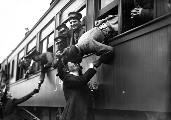 (32129) Draft & Recruitment, Deployment, Detroit, 1917-1918