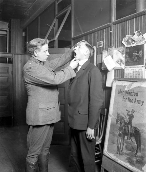 (32133) Draft & Recruitment, Medical Examinations, Detroit, 1917