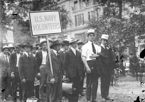 (32137) Draft and Recruitment, Navy, Detroit, 1917