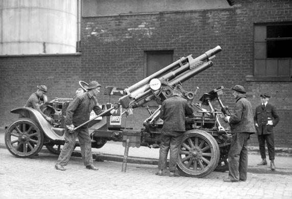 (32144) Army, Traning, Anti-Aircraft Weaponry, 1917-1918