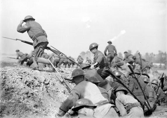 "(32162) Army, Maneuvers, ""Battle of Vimy Ridge,"" 1917"