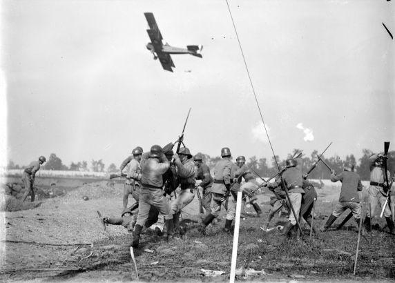 "(32163) Army, Maneuvers, ""Battle of Vimy Ridge,"" 1917"