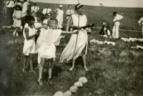 (32330) The Olympian Games - Archery, Merrill-Palmer Summer Camp