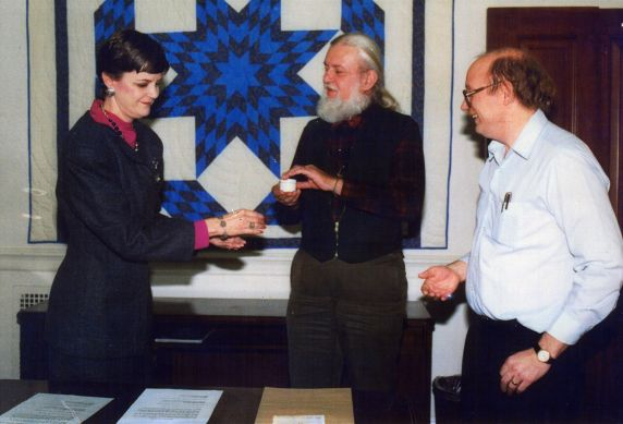 (32371) Utah Phillips Receiving Joe Hill's Ashes, National Archives, Washington, D.C., 1988