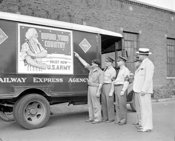 (33613) Recruitment, Army, Detroit, 1940