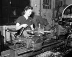 (33627) War Industry, Women Workers, Morley Knight Company, 1942