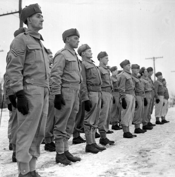 (33643) Recruitment, Dutch, Stratford, Ontario, 1941