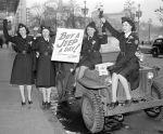 (33654) Red Cross, War Stamps, Detroit, 1942