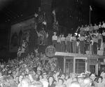 (33687) Celebrations, VJ Day, Detroit, 1945