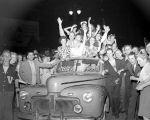 (33688) V-J Day Celebrations, Detroit, 1945