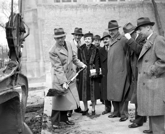 (33760) DeRoy Memorial, Groundbreaking, Jewish Community Center, Detroit, 1939