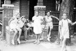 (33822) Neighborhood Scenes, Black Bottom, Detroit