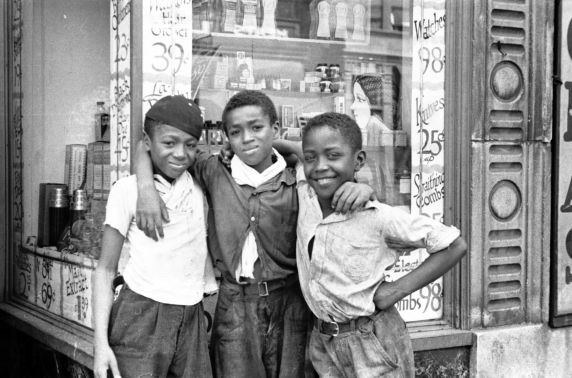 (33827) Street Scenes, Children, Black Bottom, Detroit