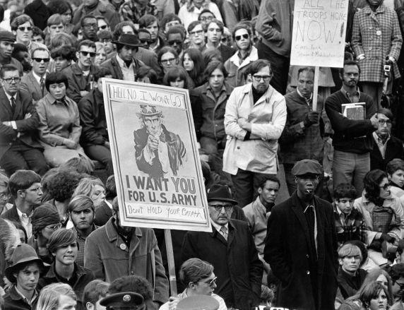 (350) Demonstrations, Vietnam War, Kennedy Square, Detroit, 1969