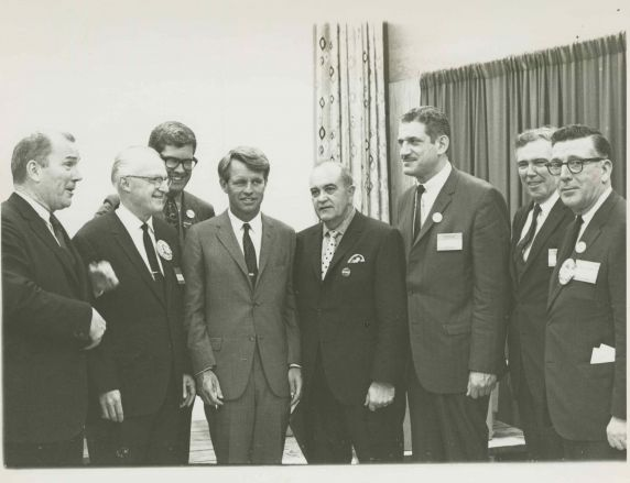 (45997) RFK with UAW Leaders