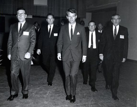 (46016) RFK with UAW officers