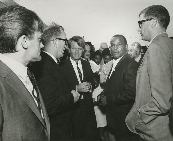 (46027) RFK campaigning