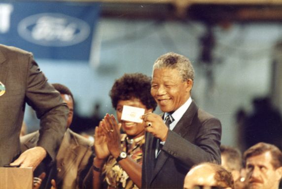 (46511) Nelson Mandela, Ford Rouge Plant, Local 600, 1990