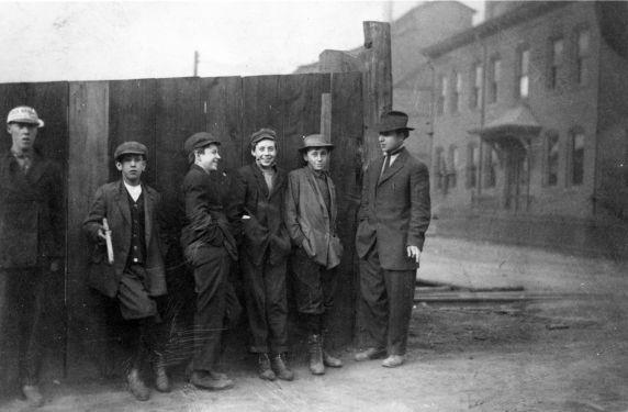 (5098) Child Labor, Miners, 1910s