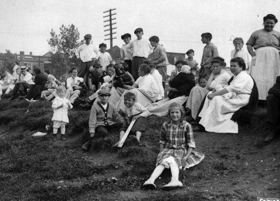 (6567) Strikes, New Jersey Oil Company Strike, Bayonne, Violence, New Jersey, 1915