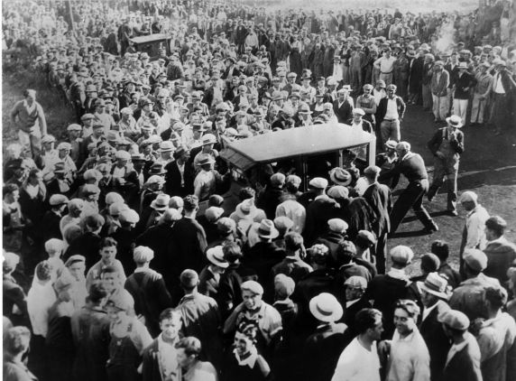 (6572) Strikes, Coal Mine Strike, Hewitville, Illinois, 1932