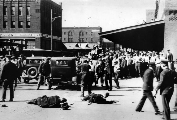 (6579) Strikes, Violence, Truck Drivers, Minneapolis, Minnesota, 1934
