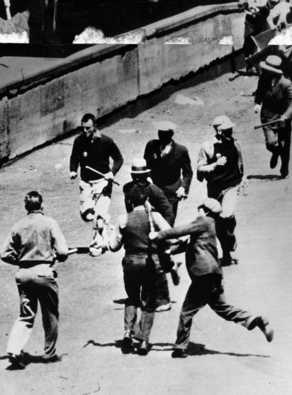 (6580) Strikes, Violence, Truck Drivers, Minneapolis, Minnesota, 1934