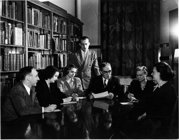 (6676) Libraries, Interiors, Old Main, 1940s