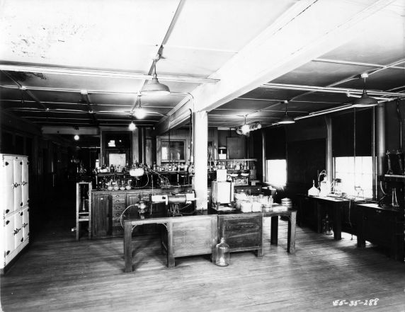 (6678) Classrooms, Interiors, Laboratories, Old Main, c. 1935