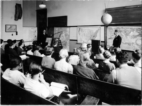 (6692) Classrooms, Interiors, Old Main, 1935