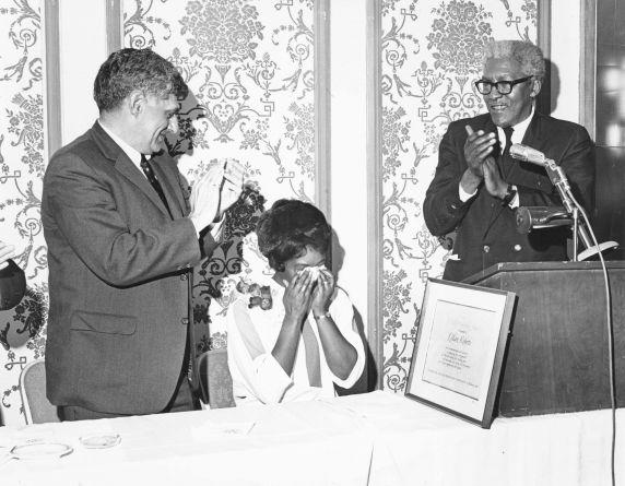 (7477) Lillian Roberts honored