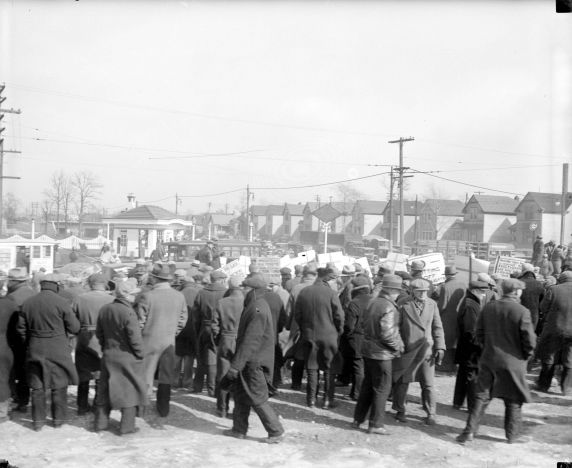 (DN_76441_1) Ford Hunger March, Marchers en route, 1932