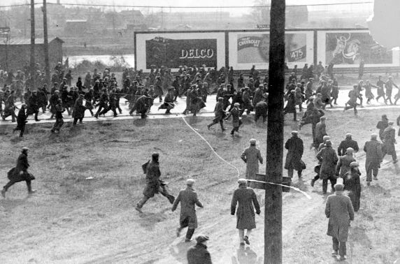 (DN_77646) Ford Hunger March, Violence, 1932