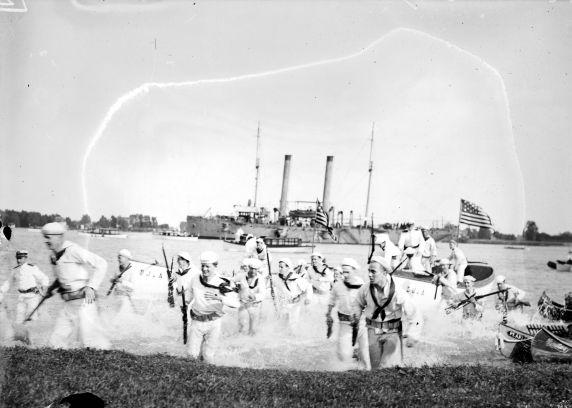 (32223) First World War, Naval Reserves, Training, Detroit, 1917-1918