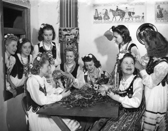 (DN_79568) Ethnic Communities, Polish, Celebrations, Customs, Weddings, 1941