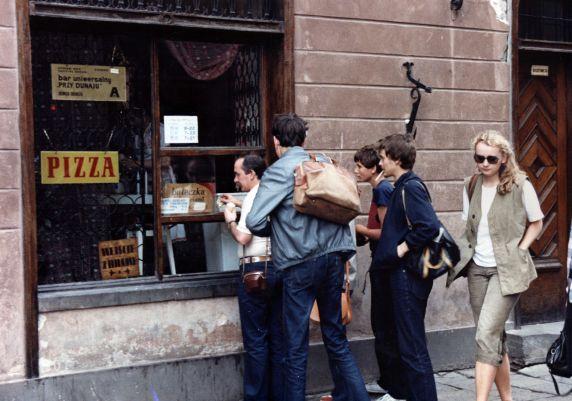 (9153) Street Scene, Warsaw, Poland, 1987