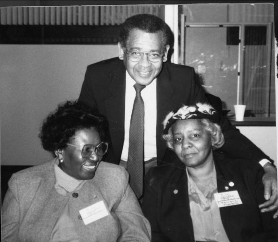 (11775) John Elliot, president of the Detroit Federation of Teachers with members of the DFT.
